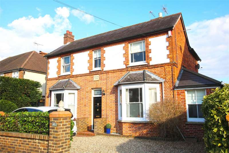 4 Bedrooms Detached House for sale in Chertsey Road, Byfleet, Surrey, KT14