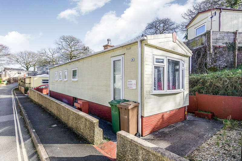 2 Bedrooms Detached Bungalow for sale in Glenfield Close, Glenholt Park, Plymouth, PL6
