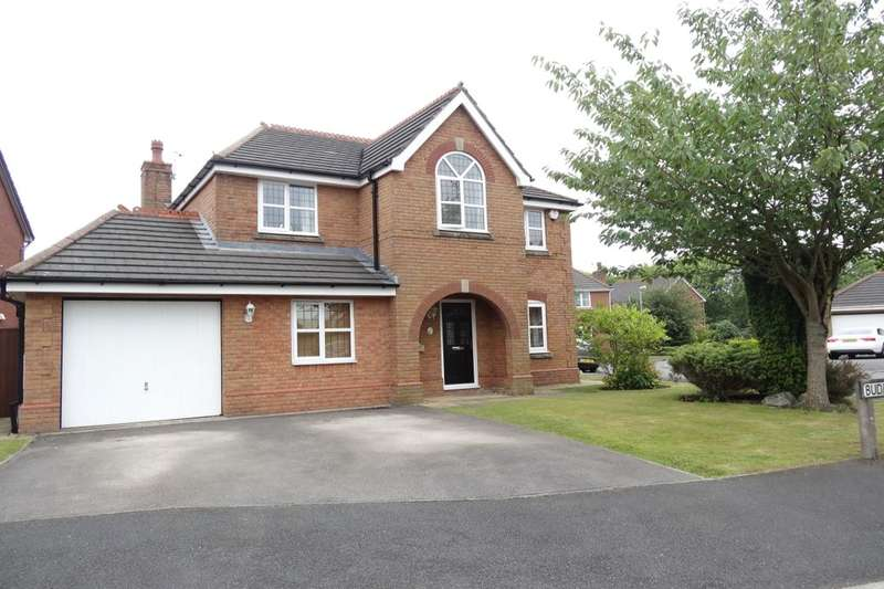 4 Bedrooms Detached House for sale in Bude Close, Cottam, Preston, PR4