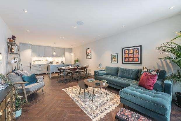 3 Bedrooms House for sale in Pratt Mews, Camden, London, NW1