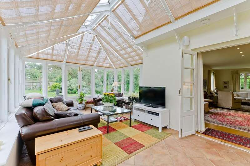 4 Bedrooms Detached House for rent in Roedean Crescent, Putney, London, SW15