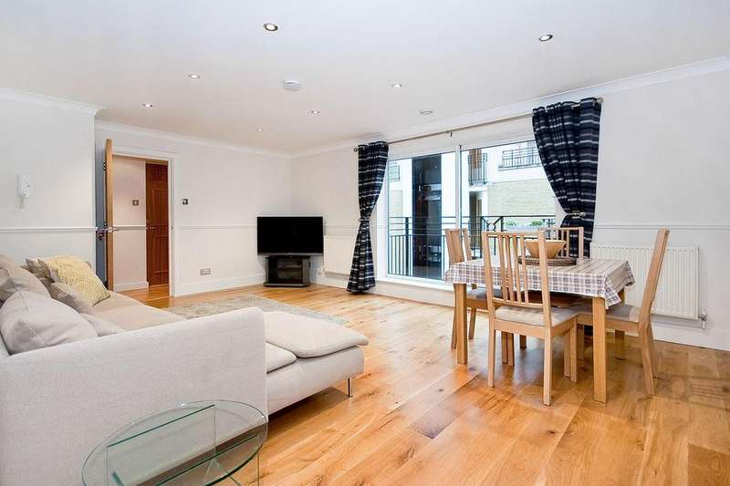 2 Bedrooms Flat for rent in High Timber Street, EC4V