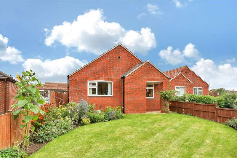 2 Bedrooms Detached Bungalow for sale in Nottingham Road, Bottesford, Nottingham