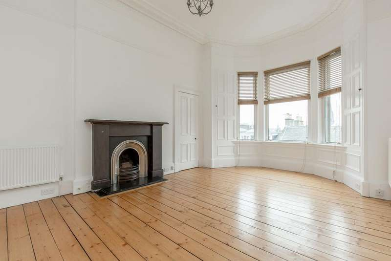 3 Bedrooms Flat for rent in Westhall Gardens, Edinburgh,