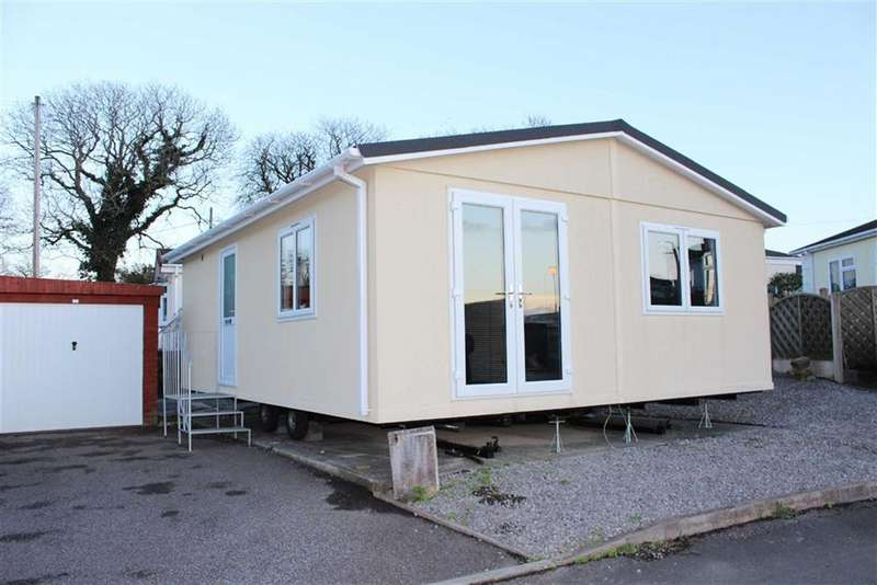 3 Bedrooms Park Home Mobile Home for sale in Maple Drive, Woodland Park, Waunarlwydd