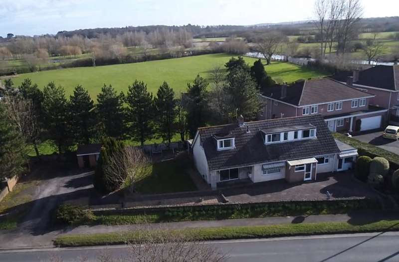5 Bedrooms Detached Bungalow for sale in Ringwood Road, Longham