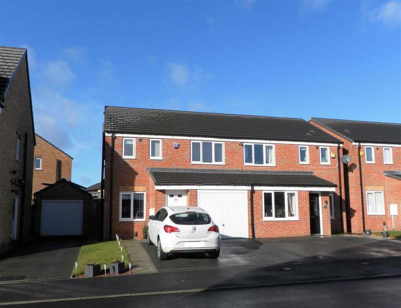 3 Bedrooms Semi Detached House for sale in Pear Tree Close, off Royds Hall, Bradford, BD6 2DG