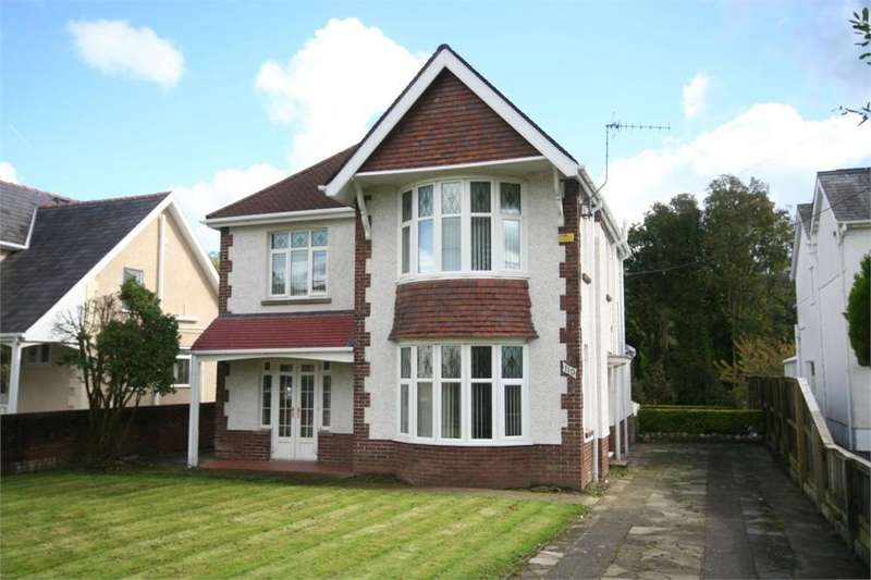 3 Bedrooms Detached House for rent in Pontardawe Road, Clydach, Swansea