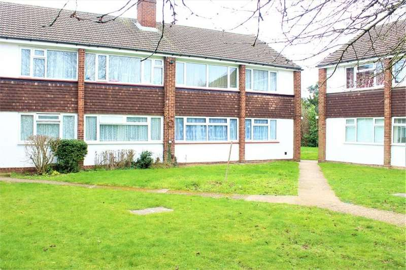 2 Bedrooms Flat for sale in Farnham Road, Slough, Berks