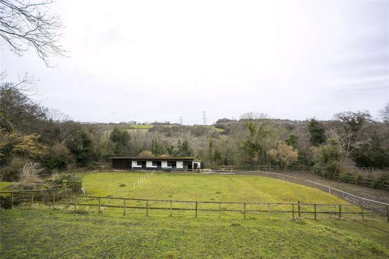3 Bedrooms Equestrian Facility Character Property for sale in Downe Avenue, Cudham, Sevenoaks, Kent