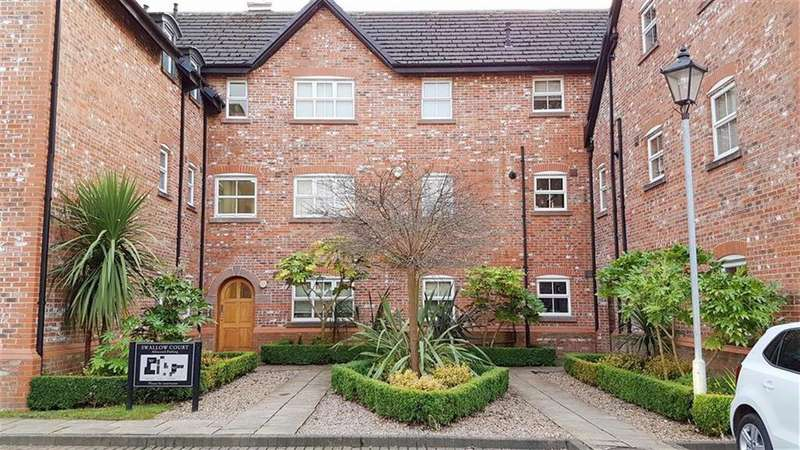 2 Bedrooms Apartment Flat for sale in Swallow Court, Lacey Green, Wilmslow