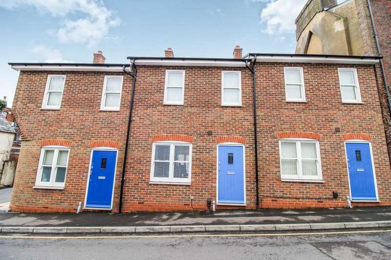 2 Bedrooms Terraced House for sale in Regent Street, Dunstable