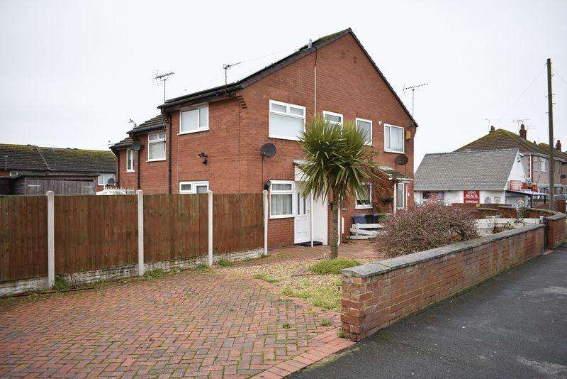 1 Bedroom Terraced House for rent in Bastion Road, Prestatyn