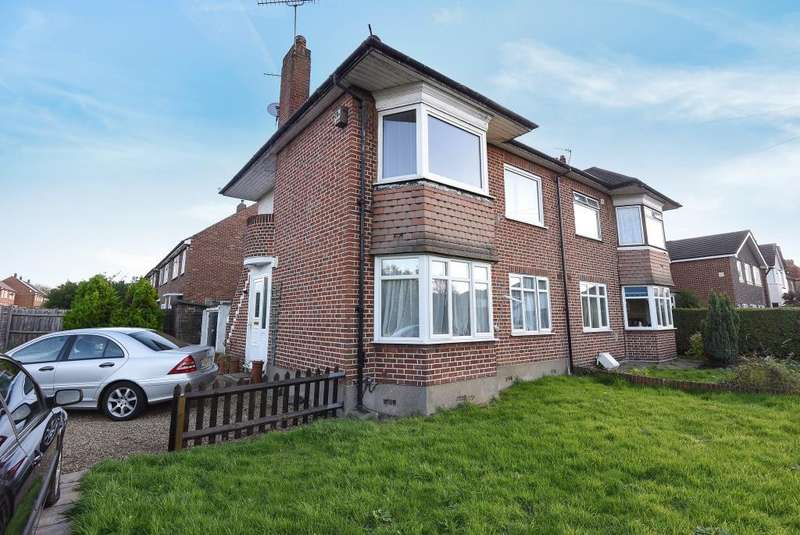 2 Bedrooms Maisonette Flat for sale in Fullers Way South, Chessington, KT9