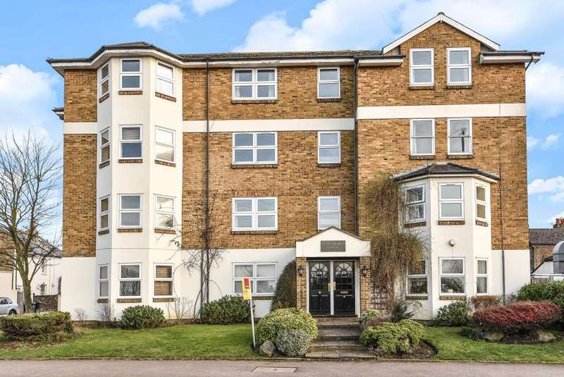 2 Bedrooms Flat for sale in Surbiton, Greater London, KT6