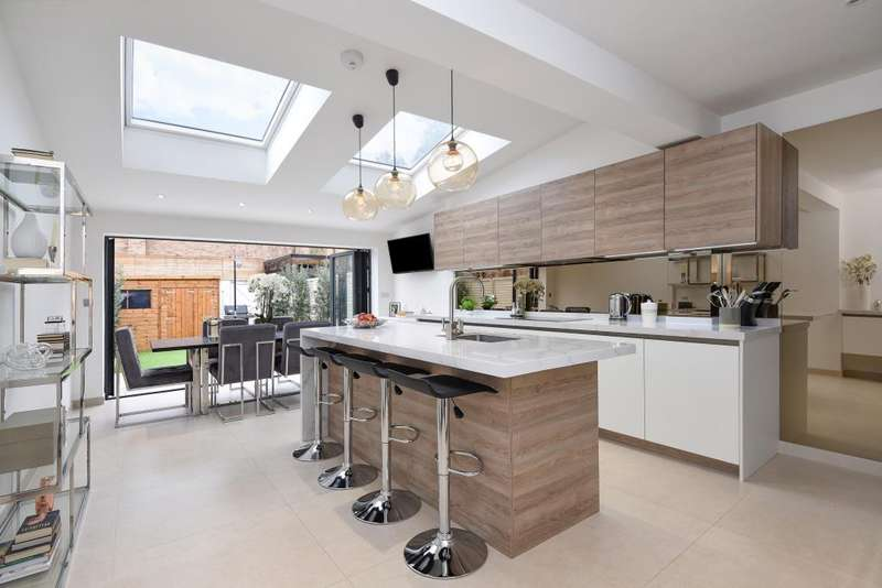 3 Bedrooms House for sale in Richmond, Surrey, TW9
