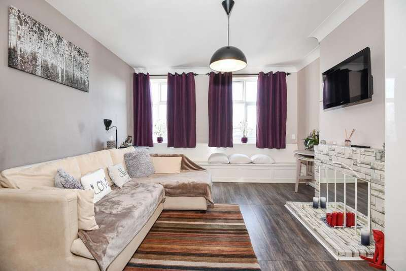 1 Bedroom Flat for sale in Stanmore, Middlesex, HA7