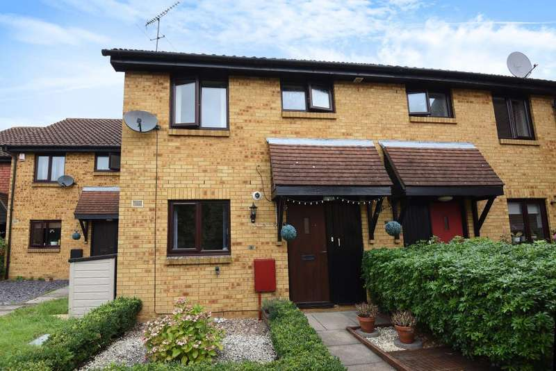 3 Bedrooms House for sale in Brookside Close, Feltham, TW13