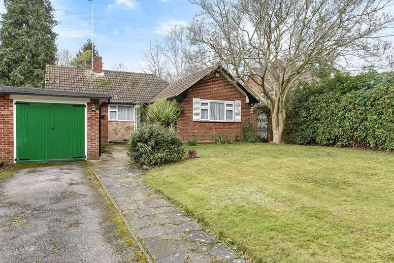 3 Bedrooms Detached Bungalow for sale in Virginia Water, Surrey, GU25