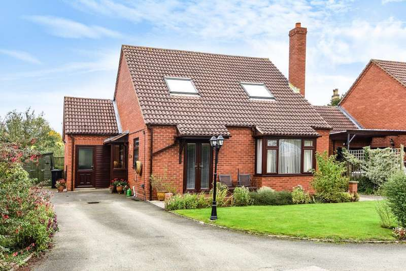 4 Bedrooms Detached House for sale in Leominster,, Herefordshire, HR6