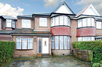 4 Bedrooms House for rent in Wemborough Road, Stanmore, HA7