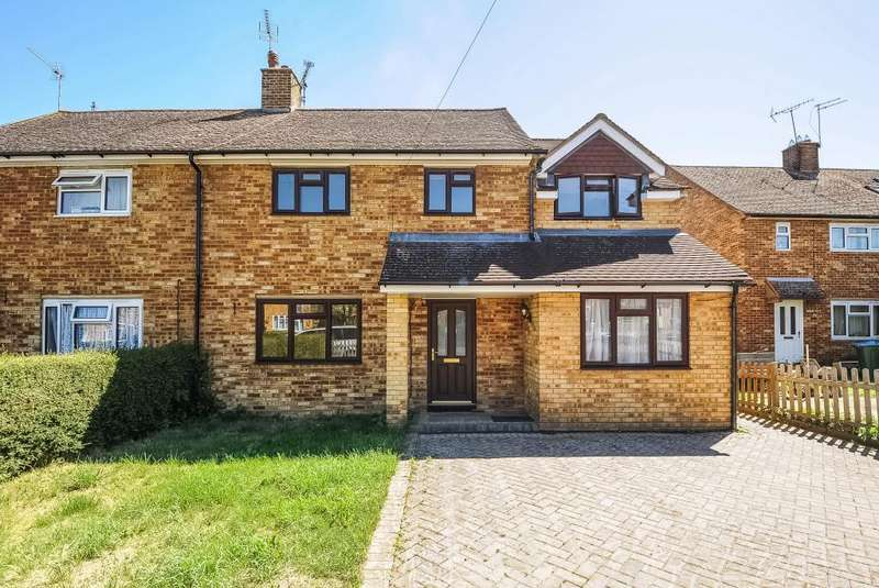 4 Bedrooms House for sale in Waddesdon, Aylesbury, HP18