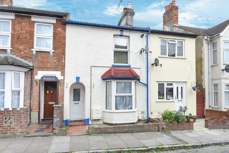 4 Bedrooms House for sale in Town Centre, Aylesbury, HP20