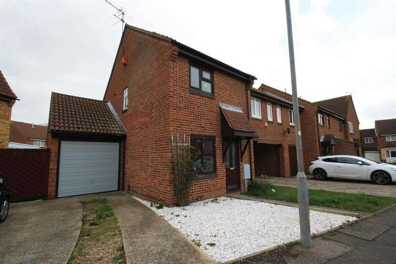 2 Bedrooms End Of Terrace House for sale in Woodcotes, Shoeburyness, Southend-On-Sea