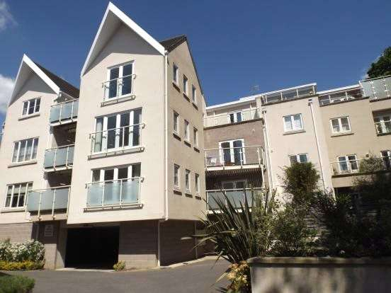 2 Bedrooms Flat for sale in F2 Windsor View, 5 Windsor Road, Lower Parkstone, Poole, BH14
