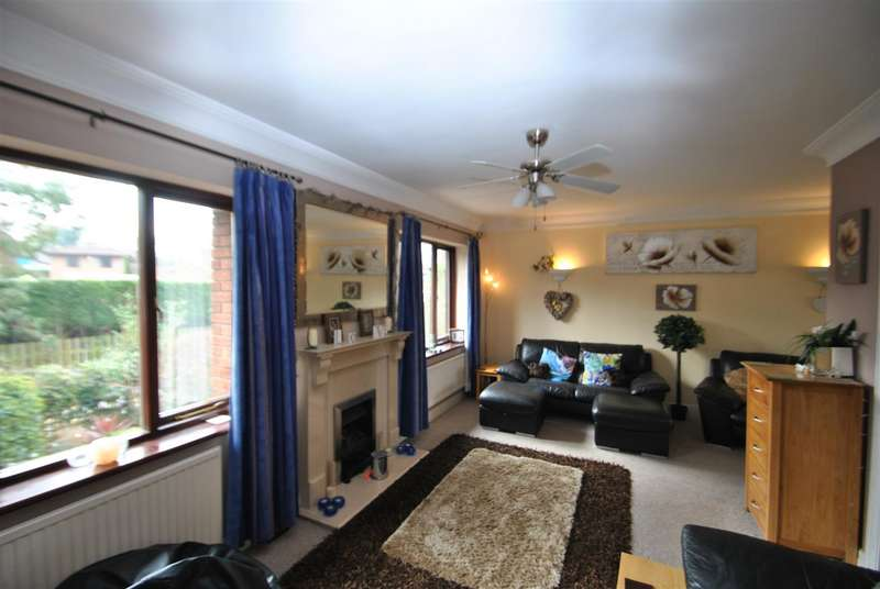 5 Bedrooms Detached House for sale in Henley Close, APPLETON, Warrington, WA4