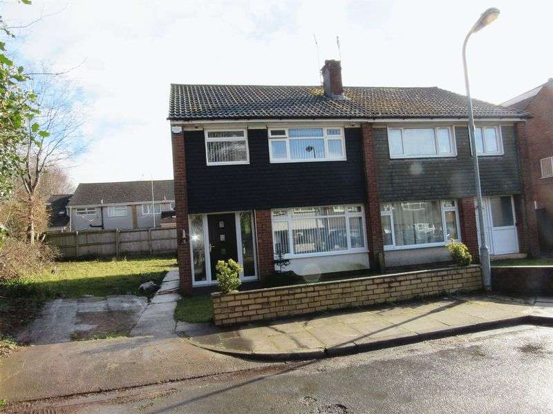 Property for sale in Swallowhurst Close Michaelston Cardiff CF5 4TF