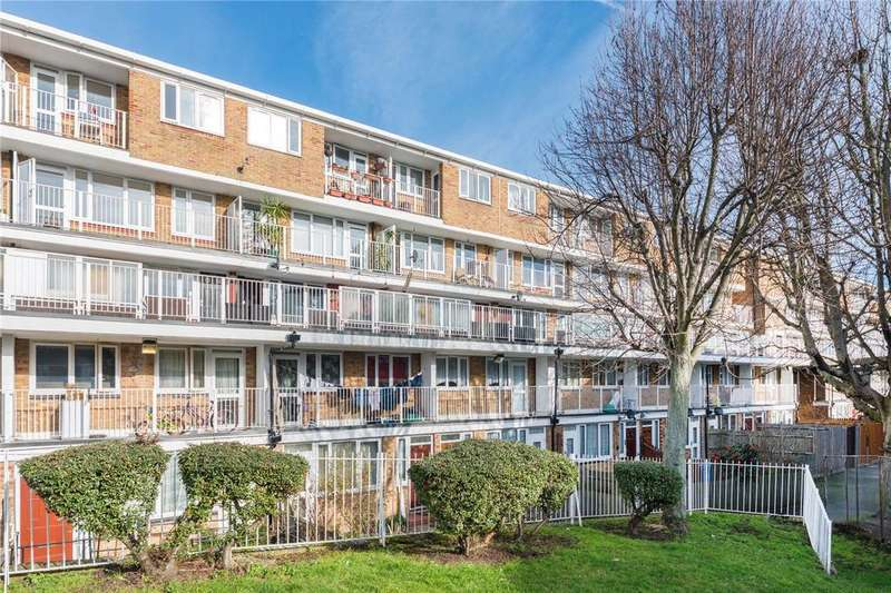4 Bedrooms Maisonette Flat for sale in Lucey Way, London, SE16