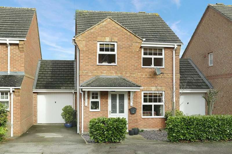 3 Bedrooms Link Detached House for sale in Elliot Close, Kibworth Beauchamp, Leicester