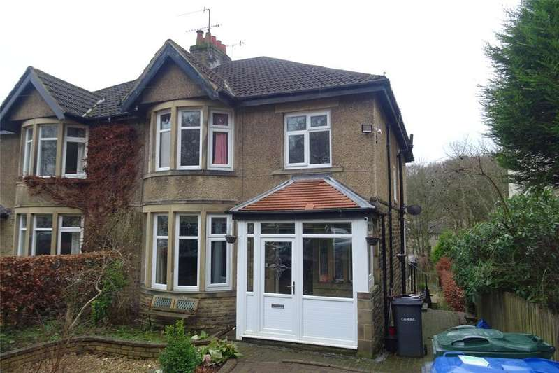 3 Bedrooms Semi Detached House for sale in Redburn Drive, Shipley, West Yorkshire, BD18