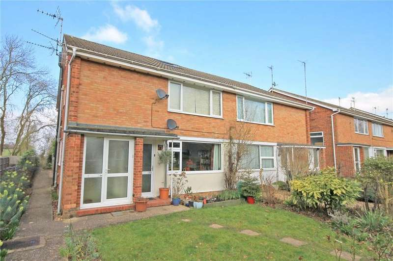 2 Bedrooms Maisonette Flat for sale in Hillfield Road, Comberton, Cambridge, CB23