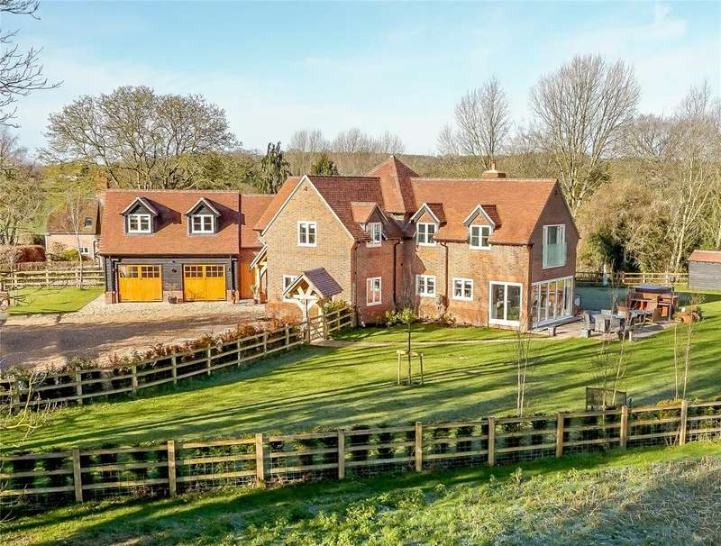5 Bedrooms Detached House for sale in Back Lane, Stanford Dingley, Reading