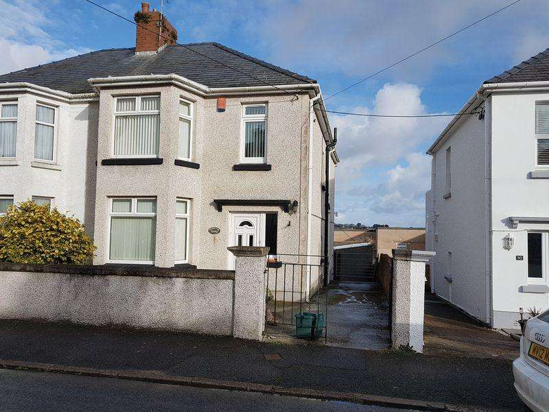 4 Bedrooms Semi Detached House for rent in Waterloo Road, Milford Haven
