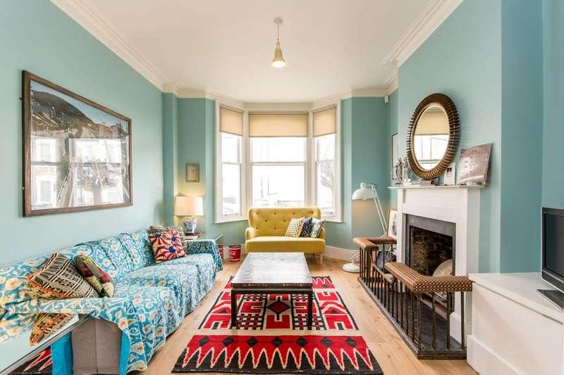 4 Bedrooms House for rent in Rainham Road, Kensal Green, NW10