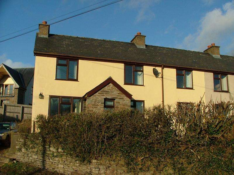 3 Bedrooms End Of Terrace House for rent in Llechfaen, Brecon, Powys.
