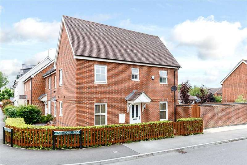 3 Bedrooms Semi Detached House for sale in Stretcher Drive, Hermitage, Thatcham, Berkshire, RG18
