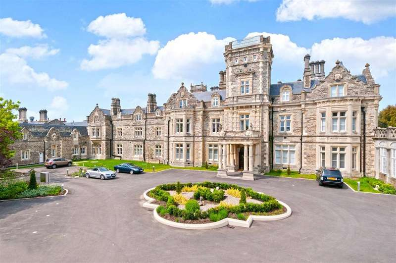 2 Bedrooms Apartment Flat for sale in The Culpeper, Preston Hall, Aylesford, ME20 7FJ