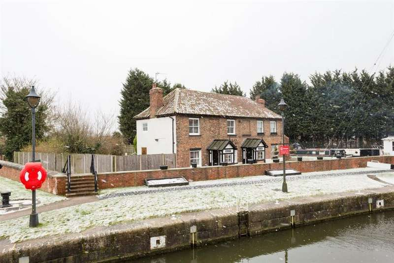 2 Bedrooms House for rent in SELBY - OLD BRIDGE HOUSE