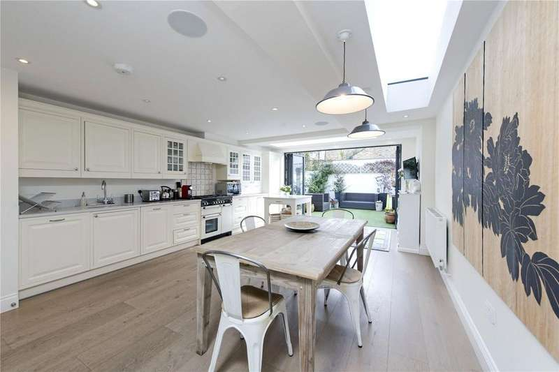 5 Bedrooms Terraced House for sale in Ashness Road, Between The Commons, London, SW11