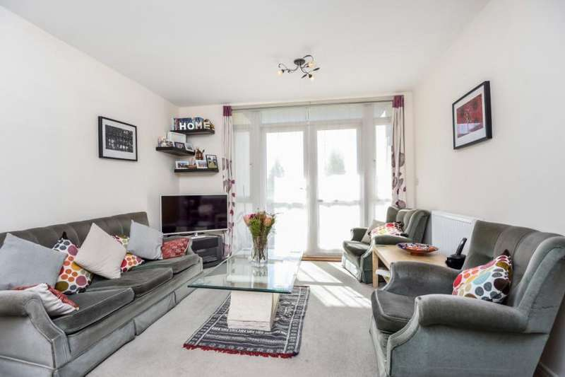 2 Bedrooms Flat for sale in Farrier House, 56 Thirleby Road, London