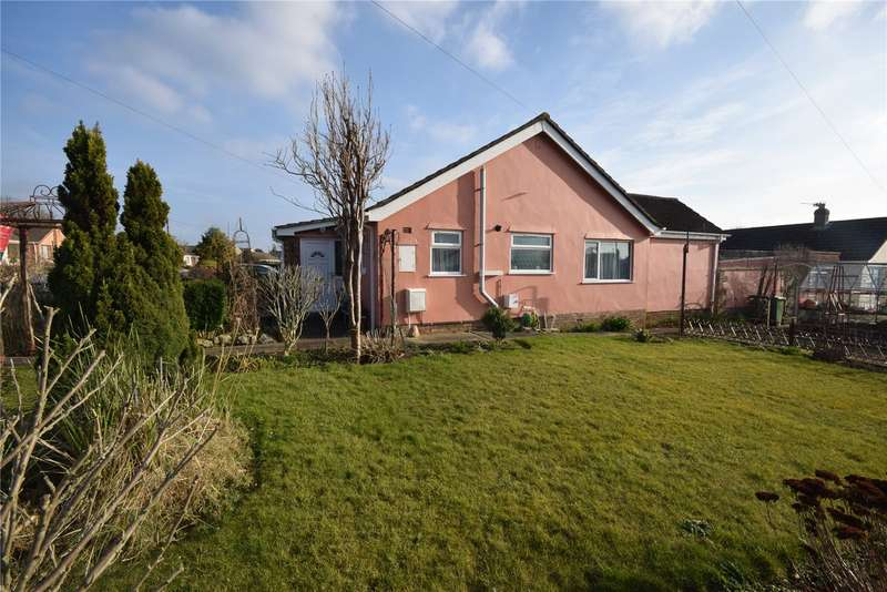 3 Bedrooms Semi Detached Bungalow for sale in St. Cuthbert Avenue, Wells, Somerset, BA5