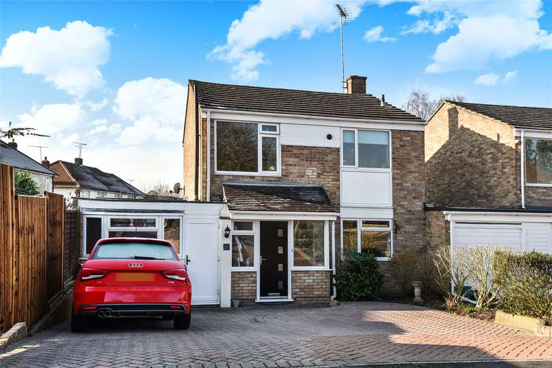 4 Bedrooms Link Detached House for sale in Bicknell Road, Frimley, Camberley, Surrey, GU16