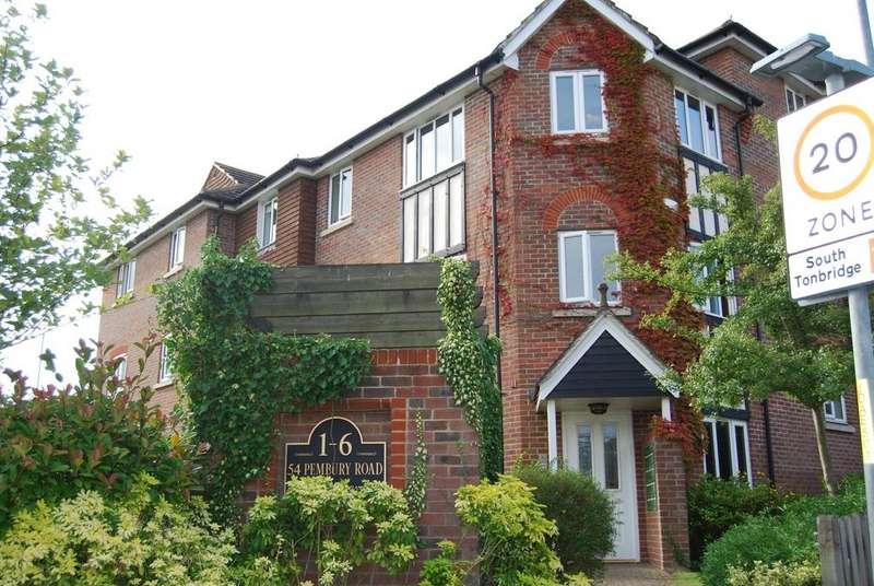 2 Bedrooms Apartment Flat for rent in Tonbridge TN9