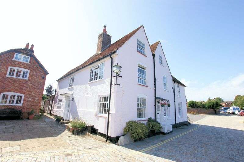 2 Bedrooms Property for sale in Lower Quay, Fareham