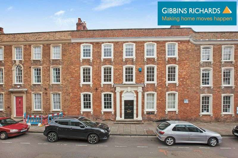 2 Bedrooms Property for sale in 10 Castle Street, Bridgwater