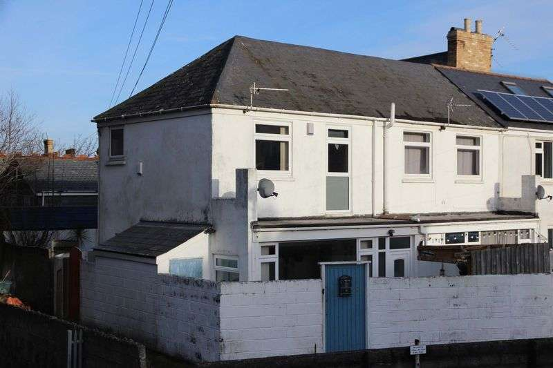 2 Bedrooms Property for sale in Cheltenham Place, Newquay